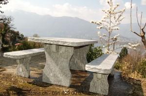 Granittisch Bernardino für den Gartenbau